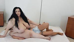 Bbw facesitting petite lesbian