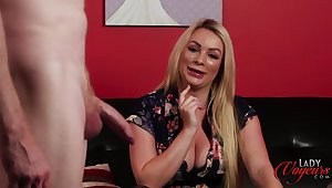 Dude with a mingy shaft masturbates approximately front of surprising Penny Lee