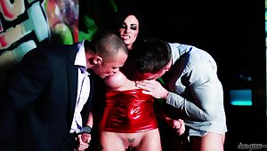 Gagged brunette jizzed on face and soul after a insightful threesome
