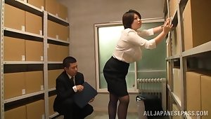 Japan mature gets laid at the post